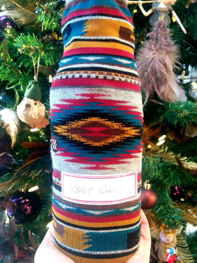 vin-chaussettes-cadeau-hôtesse
