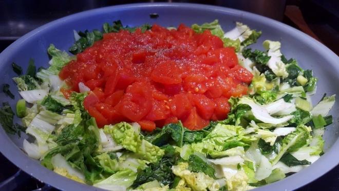 chou-chinois-tomate